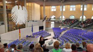 Besichtigung des Plenarsaals des Deutschen Bundestages