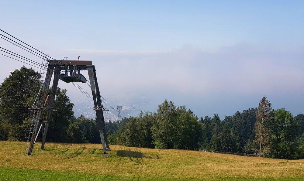 Pfänderbahn im Nebel
